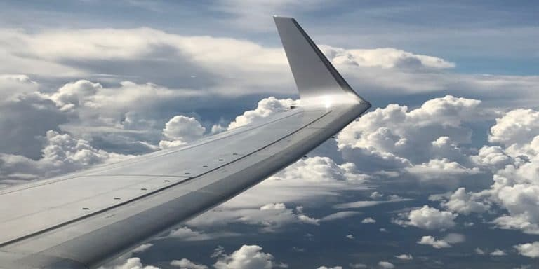 sleep on a plane in economy