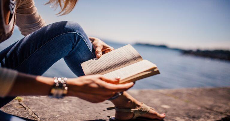 How to Avoid Sleep While Reading? - Tip Top Sleep