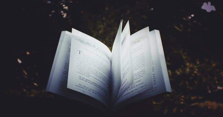Stories to Make You Fall Asleep (No Reading Required) - Tip Top Sleep