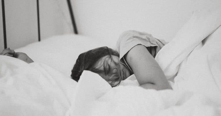 Can You Sleep with a Tampon in All Night - Tip Top Sleep