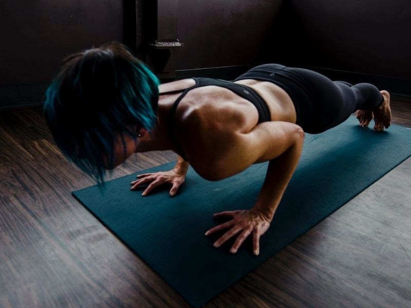 Should You Do Push Ups Before Bed? - Tip Top Sleep